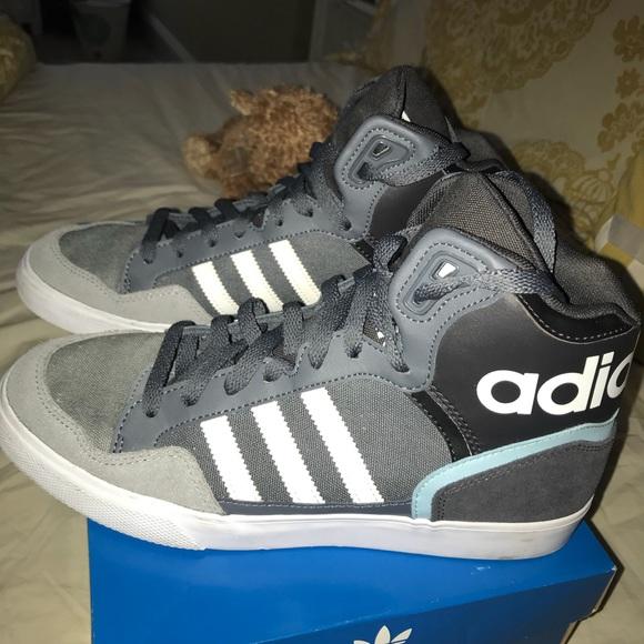 Adidas zapatos extaball High Top poshmark